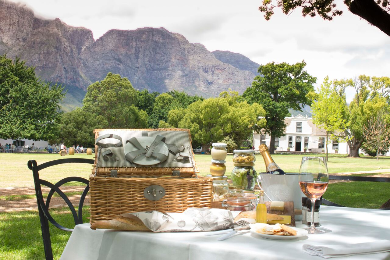 Cape Winelands boschendal picnic
