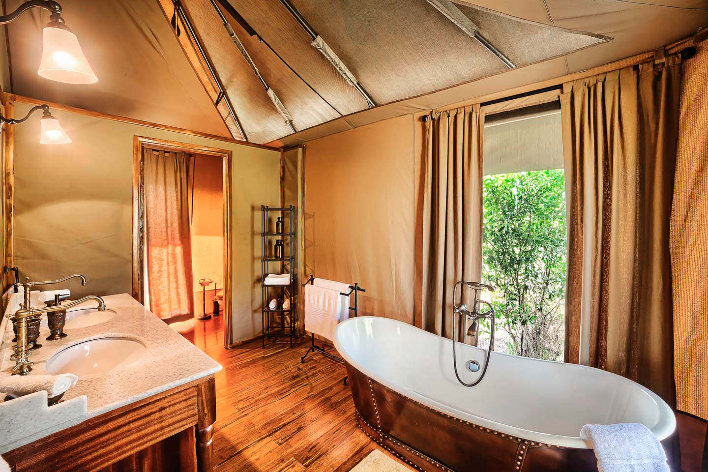 romantic lodges in Africa sand river selous lodge bathtub romantic